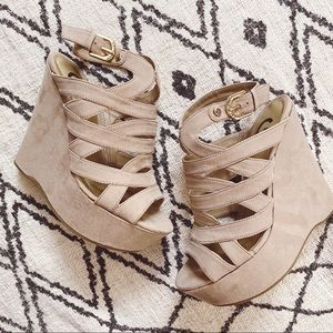 G by Guess Shoes - G by Guess Hampton Wedges
